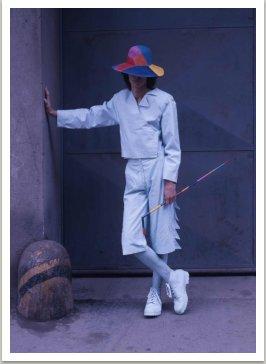 Pánský oblek s kloboukem a hůlkou, 1983-1984