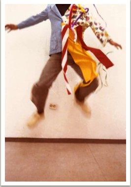 Šamanský oblek ze série Šamanských oděvů, 1965-1979