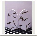 Dvojskříň s kovovou intarzií, 1984, dřevo, kov, barva