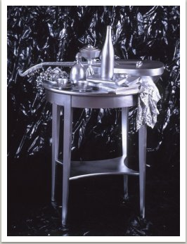 Romantické zátiší, 1989-1991, nitrobarva, různé materiály, dřevo, 130x80x70 cm