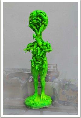 Mimozemšťan, 2003, umělá hmota, v=100 cm
